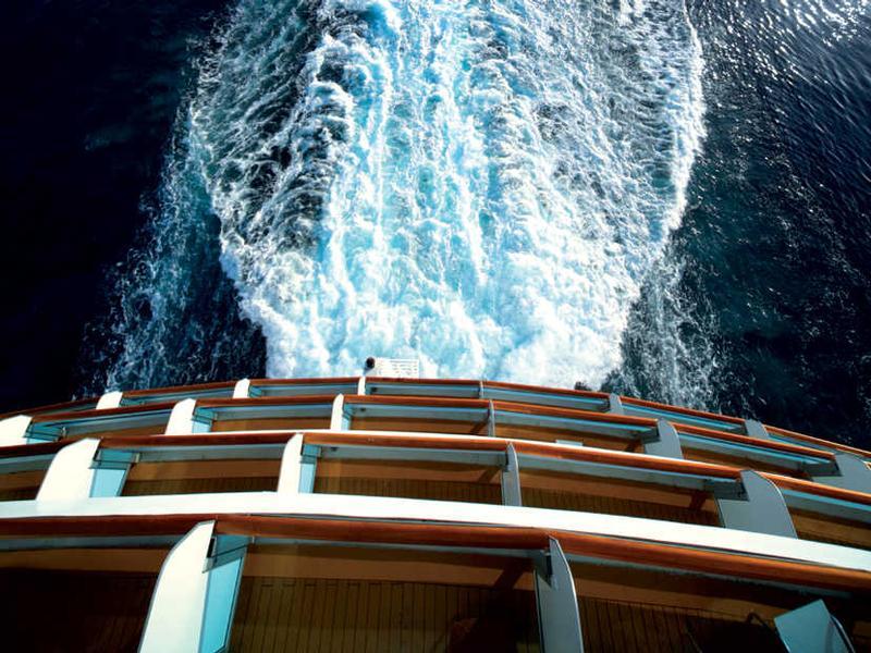 fti cruises kreuzfahrten schiffsreisen bei e hoi. Black Bedroom Furniture Sets. Home Design Ideas